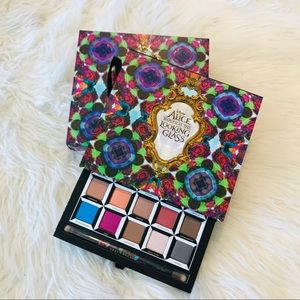 NIB Urban Decay Alice Looking Glass Palette